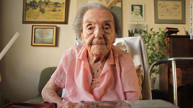 uk oldest holocaust survivor dies shubert pkg_00004622.jpg