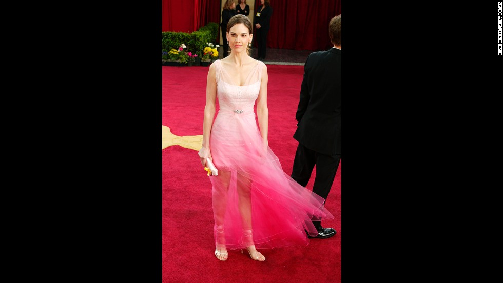 "Before Hilary Swank <a href=""http://www.cnn.com/2014/02/26/showbiz/gallery/best-oscars-dresses/index.html"" target=""_blank"">set a new standard for Oscar dresses in 2005</a>, she wore this gauzy pink gown to the 2003 awards. We can see its appeal -- it's breezy! it's bright! -- but it left many critics turned off."