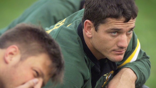 Rugby legend battles motor neurone disease