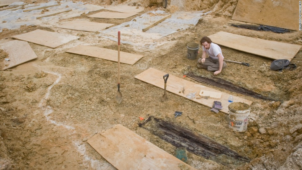 University is digging into Mississippi's past with a long forgotten graveyard