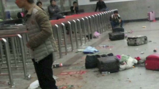 Dozens stabbed to death in China attack