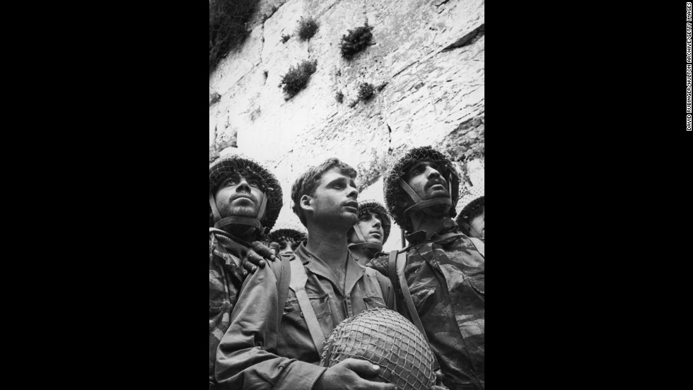 Israeli soldiers stand in front of the Western Wall on June 9, 1967, in the old city of Jerusalem following its recapture from Jordanian rule in the Six-Day War.