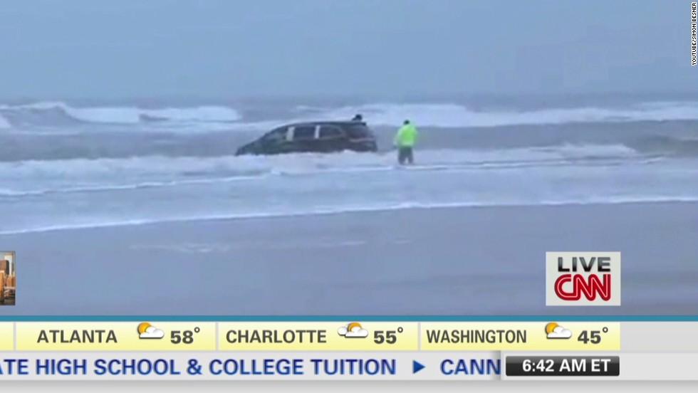 Witness: Mom drove van, kids into waves - CNN Video
