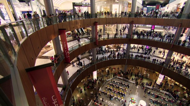 Dubai Mall attracts 75 million people a year