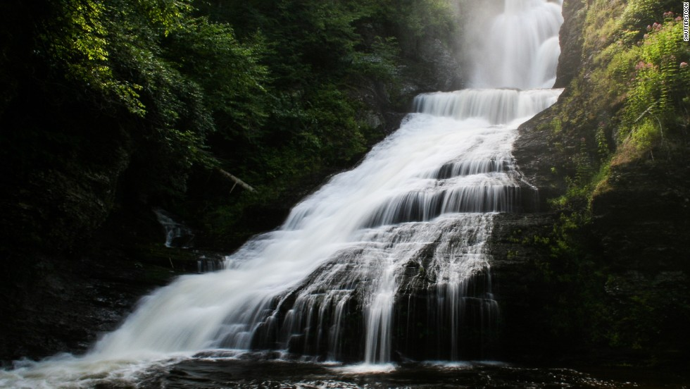 The Delaware Water Gap National Recreation Area, in New Jersey and Pennsylvania, rounds out the National Park Service's top 10 list of the most-visited sites. Keep clicking through the gallery to see the most popular of the 59 national parks.