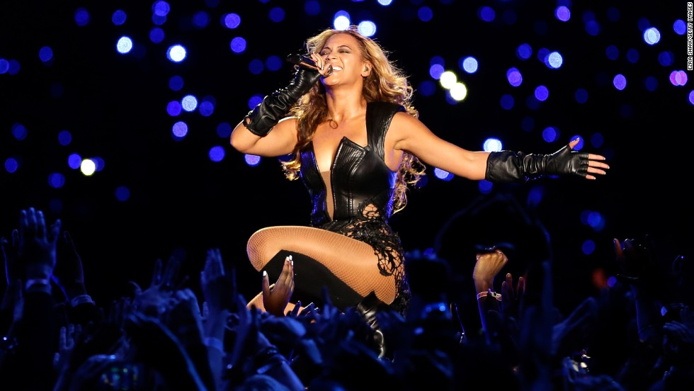 "At No. 6, Beyonce had a nearly ""Flawless"" year with her surprise album release and $24,429,176.86 in earnings."