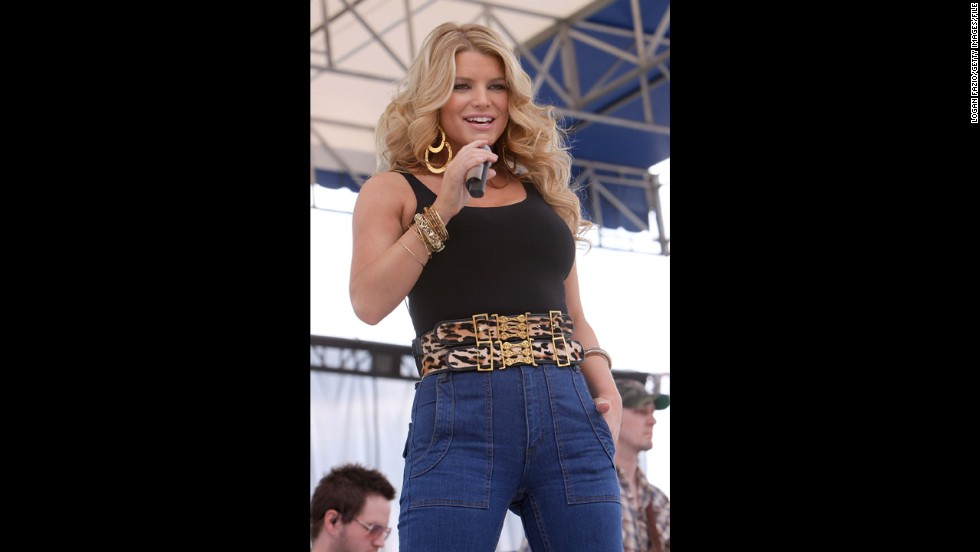 "In January 2009, Simpson performed at the 99.9 Kiss Country 24th annual Chili Cookoff in Pembroke Pines, Florida, in, wait for it ... high-waisted jeans. Oh, the horror. Celebrity tabloids went nuts, touting her ""mom jeans"" as the fashion faux pas of the century."