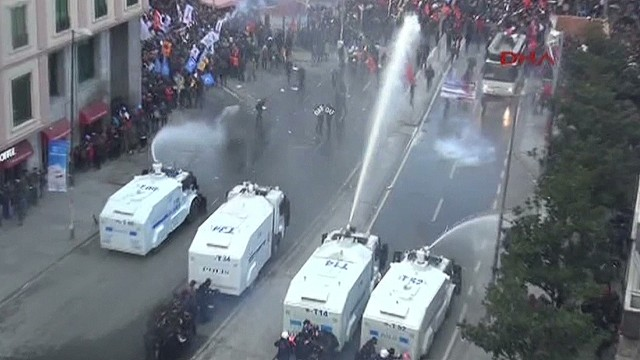 Unrest in Turkey simmers