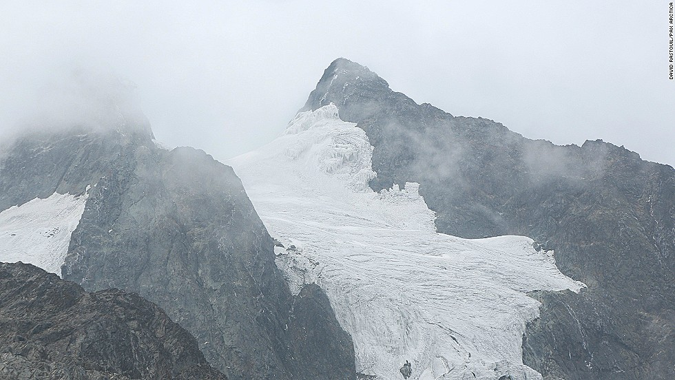 The glaciers of the Rwenzori Mountains in Uganda used to make for an impressive sight. Now, experts think they will disappear in the next 10 to 15 years.