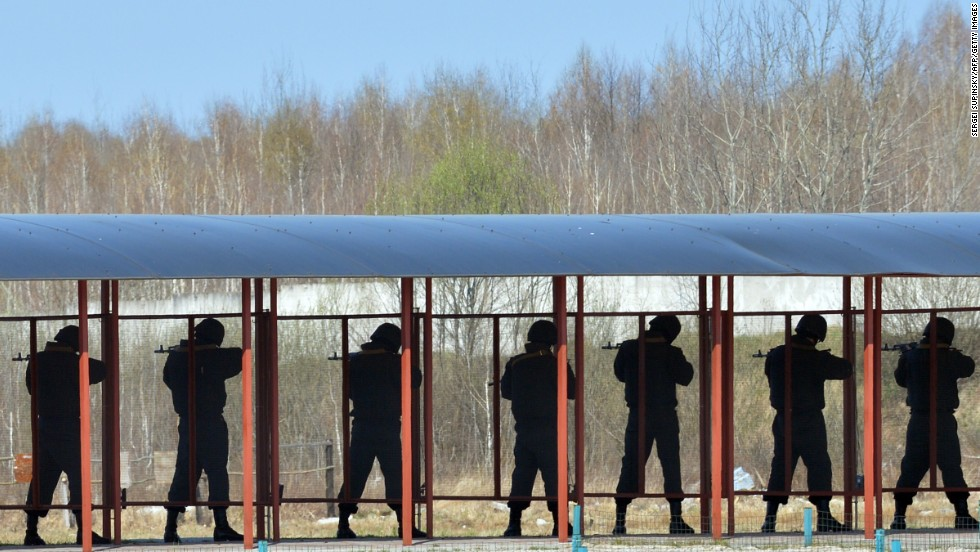 Members of the Ukrainian National Guard take part in military exercises on a shooting range near Kiev on March 31.