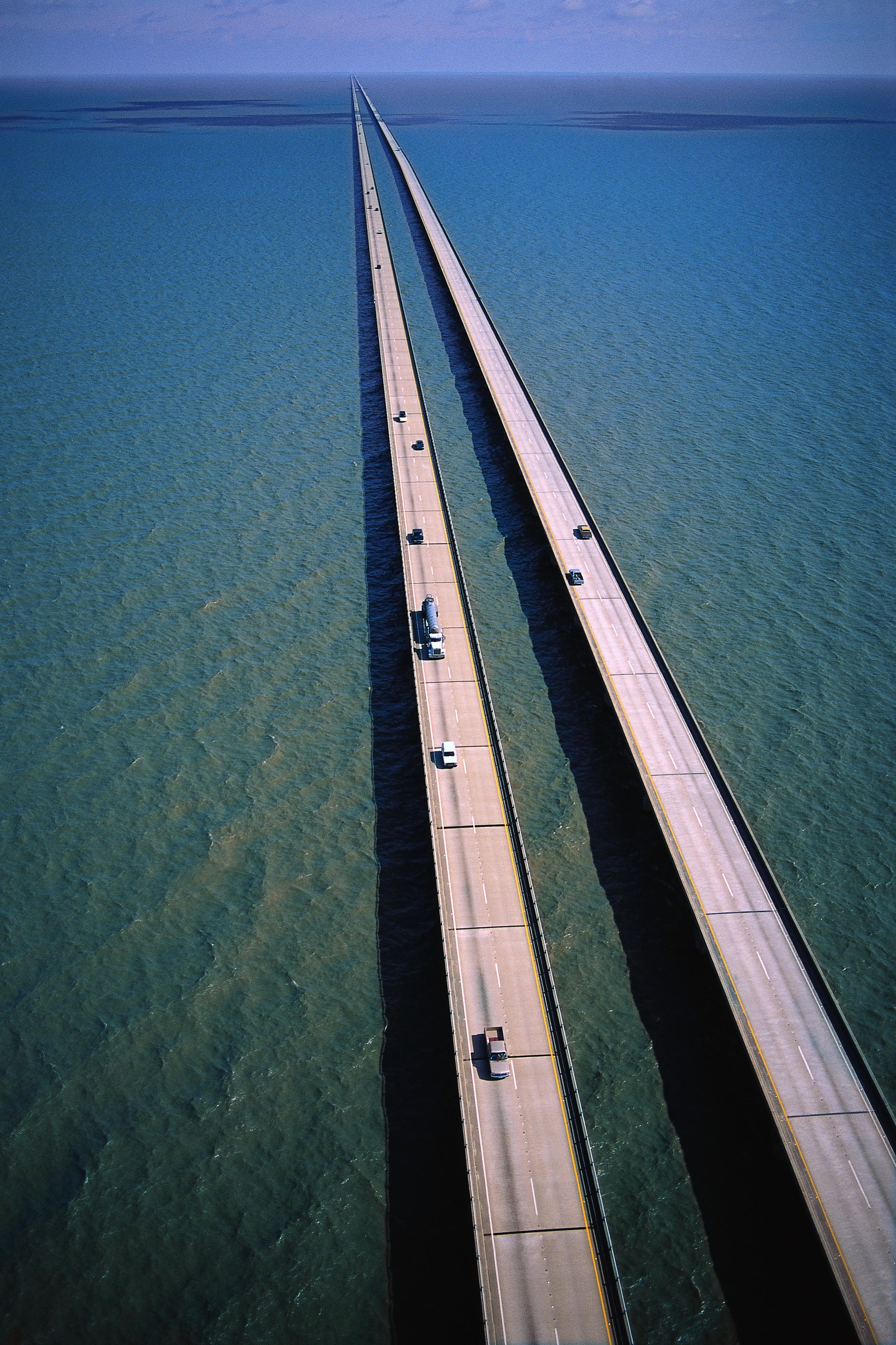 140401161547-longest-bridges-lake-pontchartrain.jpg