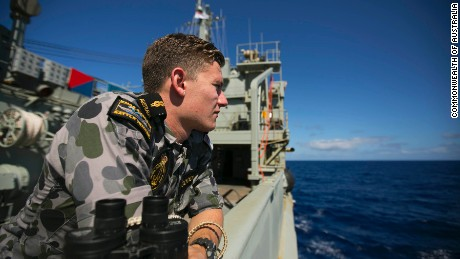Report: MH370 searchers looking in wrong zone