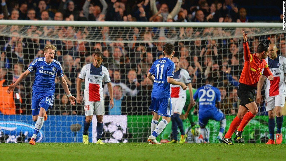 Trailing 3-1 from the first leg, substitute Andre Schurrle gave Chelsea hope when he scored in the 32nd minute.