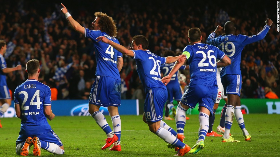 Chelsea players celebrate after overcoming Paris Saint-Germain on away goals to reach the Champions League semifinals.