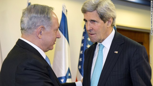 U.S. Secretary of State John Kerry (right) meets with Israeli PM Benjamin Netanyahu in Jerusalem on March 31, 2014.