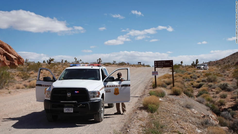 Federal rangers block a road near Bunkerville, about 80 miles northeast of Las Vegas, on April 1.