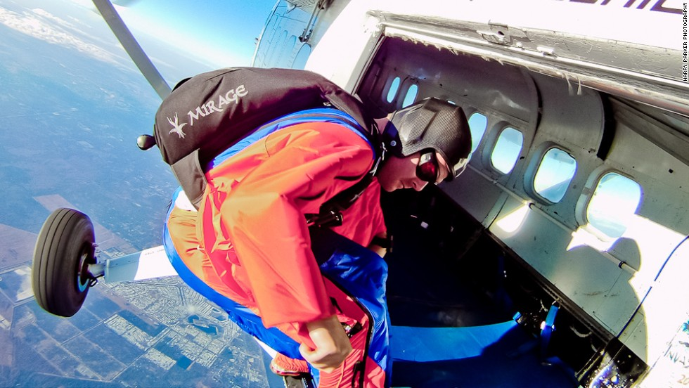 <strong>Climbing soles:</strong><strong><br /> </strong><br />For BASE jumping -- where pilots often have to climb to precarious mountain edges before a jump -- heavy duty studded rubber pads on the soles of the feet provide extra grip for the wingsuit pilot as he or she prepares to jump.
