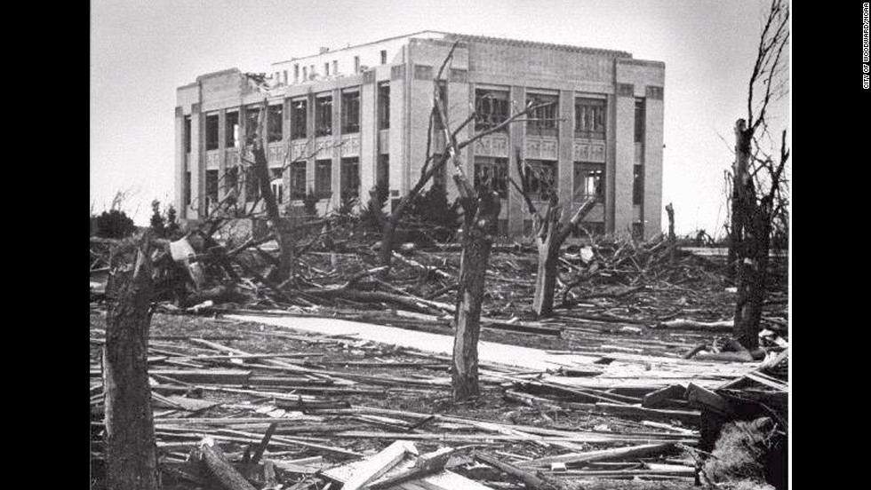 "<strong>6. </strong>The ""Woodward Tornado"" wreaked havoc across parts of Texas, Oklahoma and Kansas on April 9, 1947 killing 181 people and injuring 970. The funnel cloud reportedly was more than a mile wide in places."