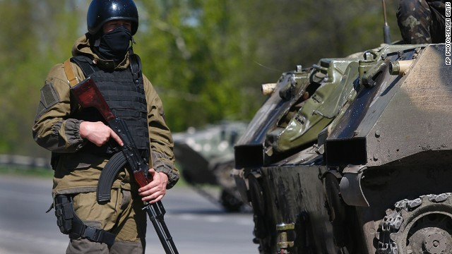 Donetsk besieged by violence, protesters