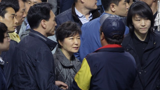 South Korean President apologizes over ferry response