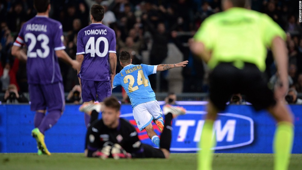 Napoli quickly go into a two goal lead thanks to Lorenzo Insigne, who scored both.