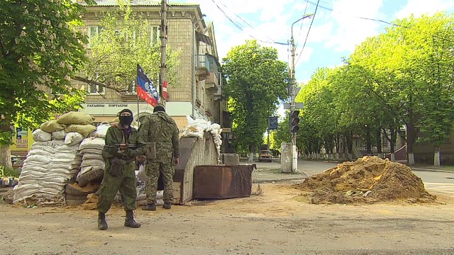 Pro-Russian militants take back territory