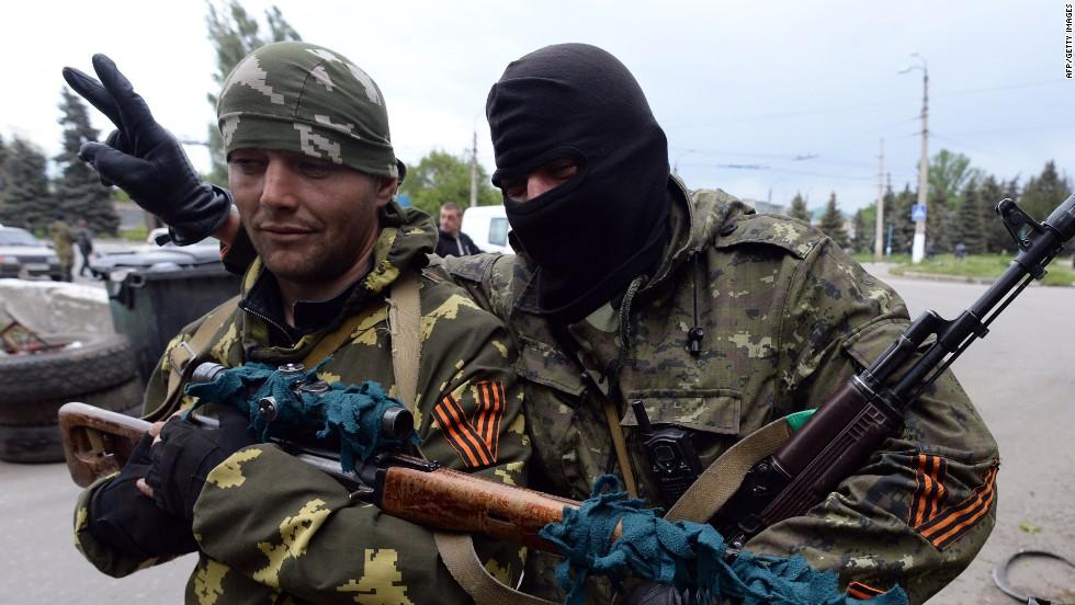 Leading in Ukraine election, billionaire Petro Poroshenko declares victory