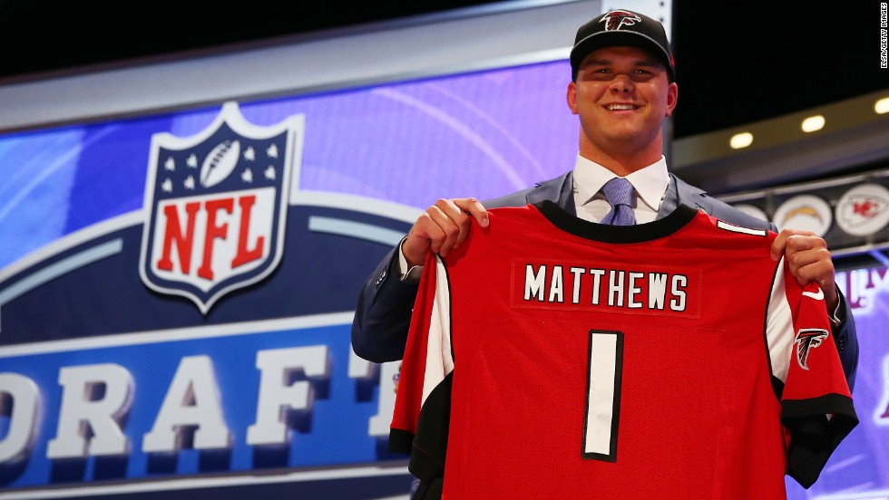Texas A&M tackle Jake Matthews was chosen by the Atlanta Falcons with the sixth pick.