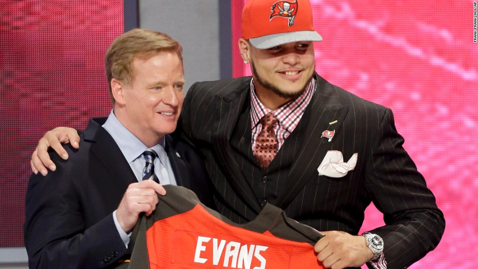 Wide receiver Mike Evans, a teammate of Matthews at Texas A&M, was taken seventh by the Tampa Bay Buccaneers.