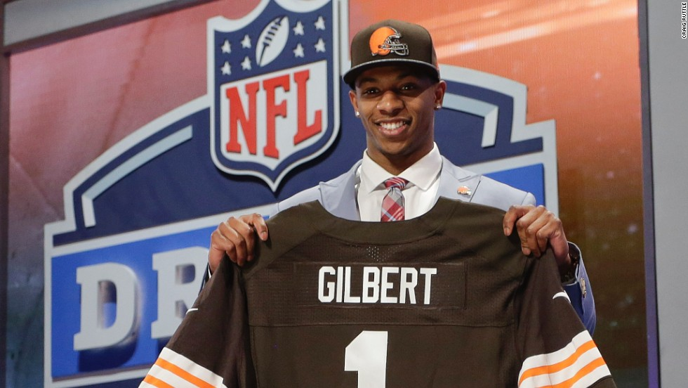 Oklahoma State cornerback Justin Gilbert went eighth to the Cleveland Browns.