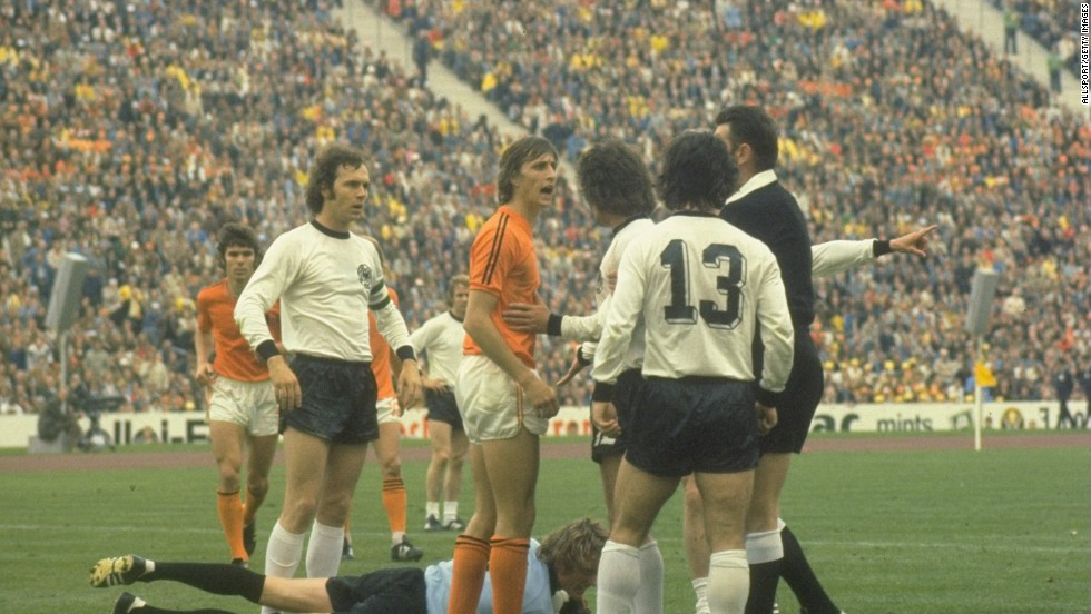He also helped Netherlands to a first ever World Cup final in 1974, which it lost to host West Germany.