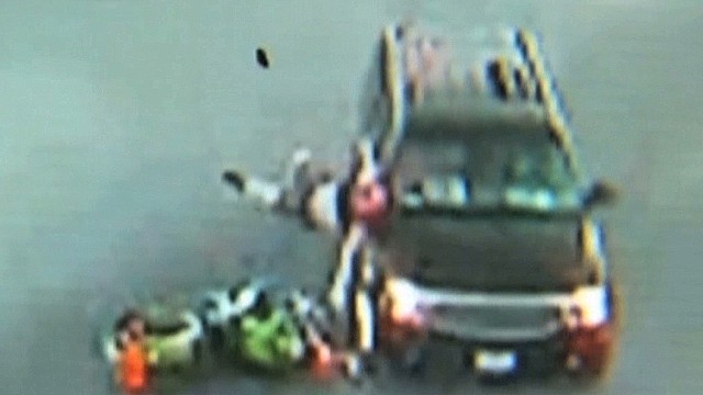 dnt motorcycle crashes into SUV caught on camera_00001227.jpg