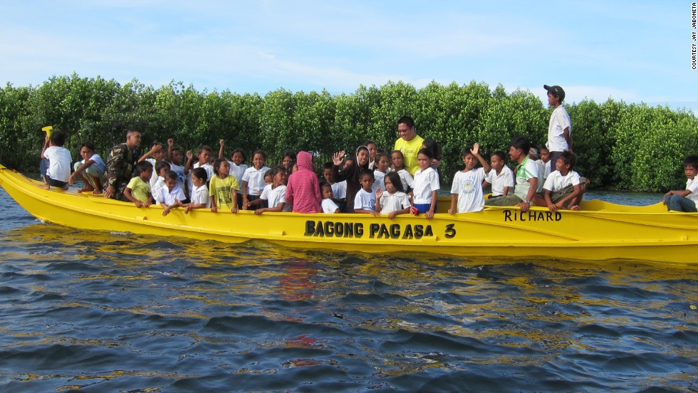 The Yellow Boat of Hope Foundation was the idea of Jay Jaboneta, a socially-minded Filipino blogger.