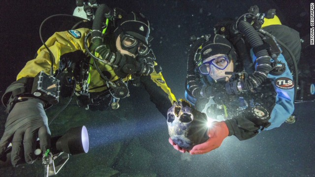 Divers discover ancient human remains