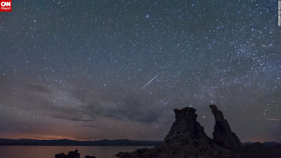 "Many are grumbling that the Camelopardalids meteor shower was a dud, but some photographers had a chance to see burning fireballs streaking the night sky. iReporter <a href=""http://ireport.cnn.com/docs/DOC-1136640"">Cat Connor </a>says there were dozens of photographers camped out on Mono Lake in California, hoping to see the meteor shower."