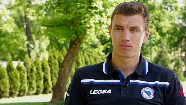 intv dzeko bosnia world cup football wyatt _00000000.jpg