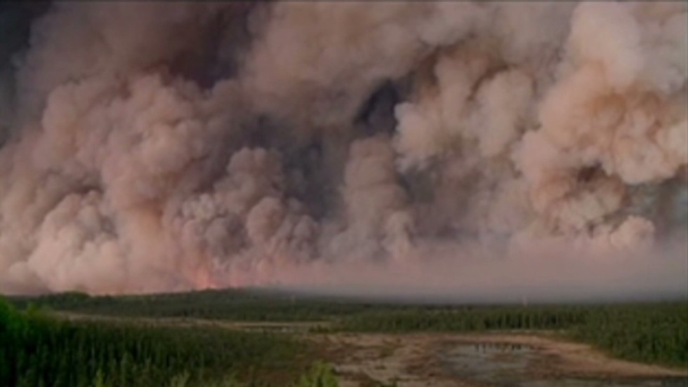 Residents urged to evacuate as fire spreads in Alaska wildlife refuge