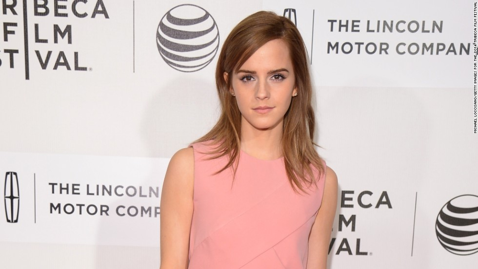 Celebrities aren't just pretty faces. Many of them have some pretty big brains to go along with all that fame. Emma Watson, for example, received her degree in English literature from Brown University. (No word on whether she studied the Harry Potter books.) Here are some other stars who have mastered matriculation.