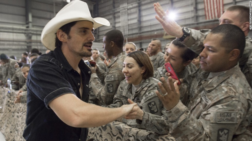 Country singer Brad Paisley greets troops prior to Obama's arrival at Bagram Air Field on May 25, 2014.