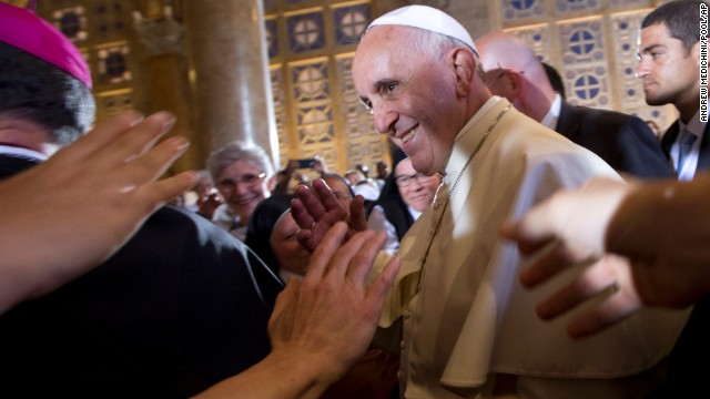 Pope to couples: Have kids, not pets