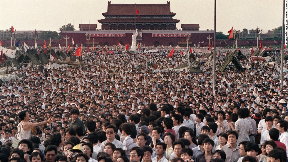 This photo was taken on June 2, 1989, showing hundreds of thousands gathered around the Goddess of Democracy.
