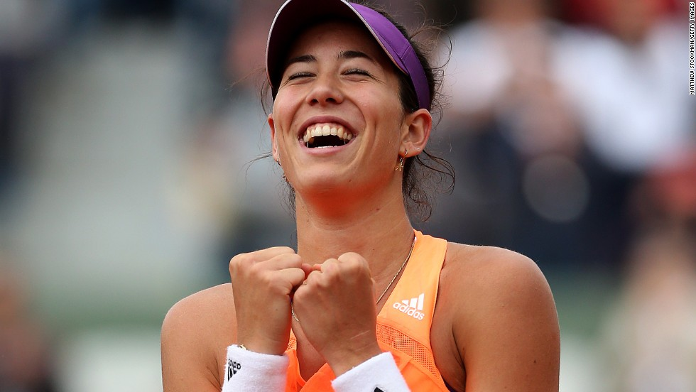 Muguruza's victory marked Serena's worst performance in a grand slam, as she'd never won less than five games previously. With Li Na's exit on Tuesday, it is the first time neither of the top two women's seeds have made it to the third round of a grand slam in the Open era.