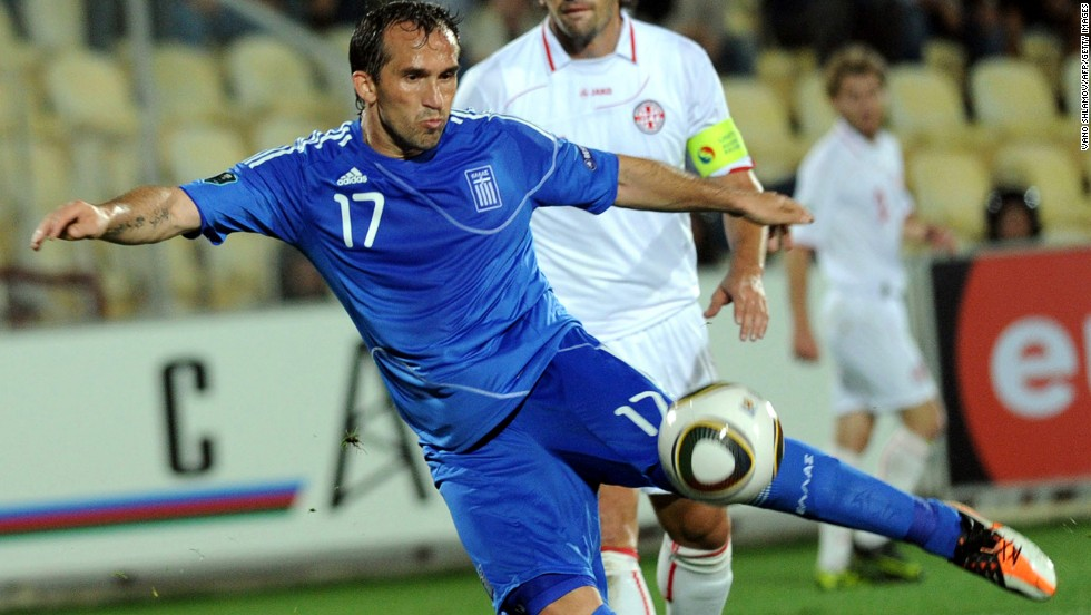 <strong>Theofanis Gekas (Greece):</strong> Greece doesn't have any major stars on the international stage. Nor does it have overtly dangerous goal scorers. So it'll be interesting to see how Gekas, a 34-year-old club journeyman, performs in a relatively weak group. With 24 international goals and a ton of experience -- including club stints in Turkey, Spain, Germany, England and Greece -- he has the wherewithal to make a difference.