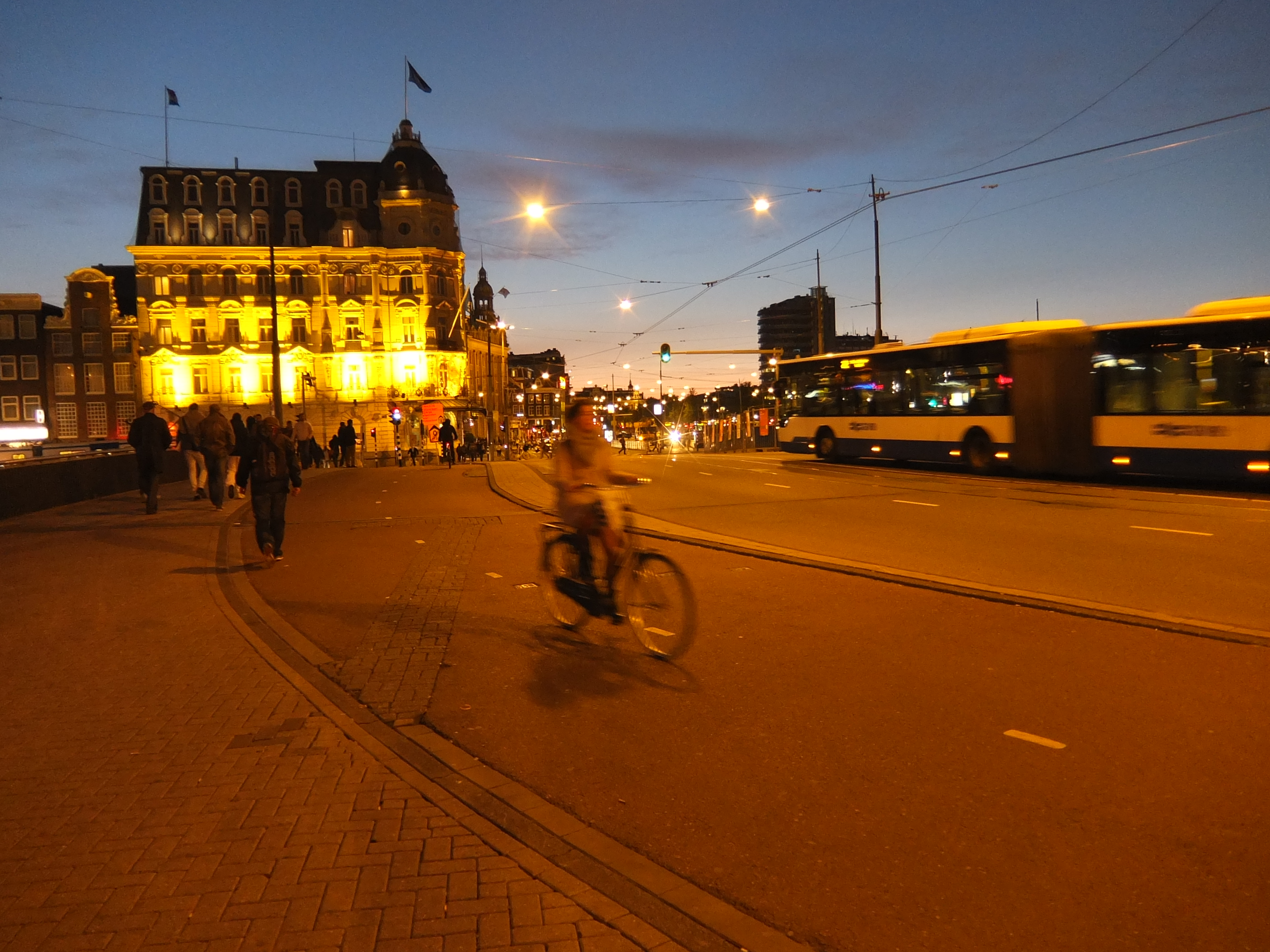 cycling in amsterdam how to bike like a local cnn travel