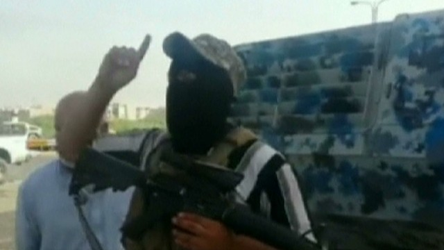 Terrorists gain ground in Iraq fighting