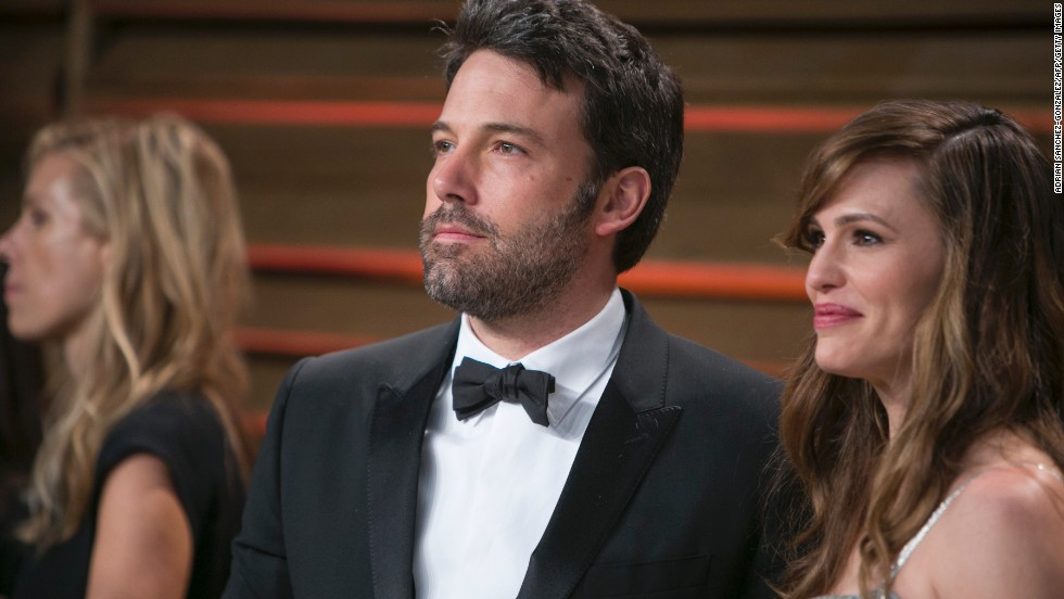 "Ben Affleck learned Spanish while living in Mexico and still draws upon the language, as he did <a href=""https://www.youtube.com/watch?v=jjkt8eG7Qms"" target=""_blank"">when being interviewed about ""Argo.""</a>"