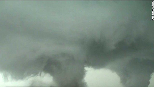 erin bpr reed timmer storm chaser double tornado_00001319.jpg