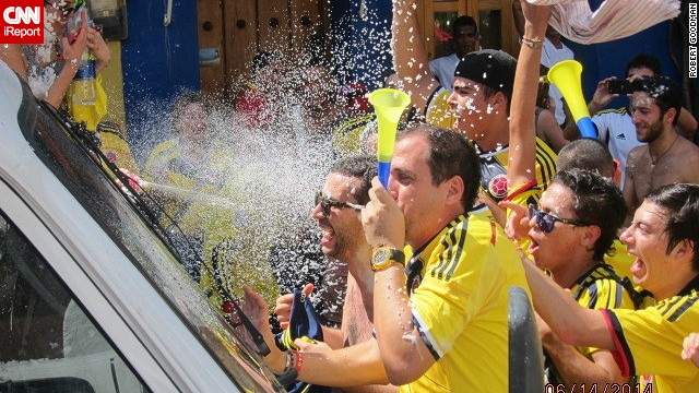 Robert Goodman (RovingRob) reported on the celebrations that ensued in a Colombian community in Florida after their World Cup win over Greece.