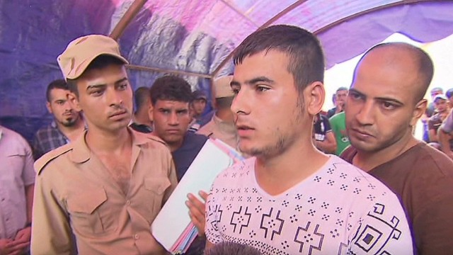 Iraqis volunteer to fight against ISIS