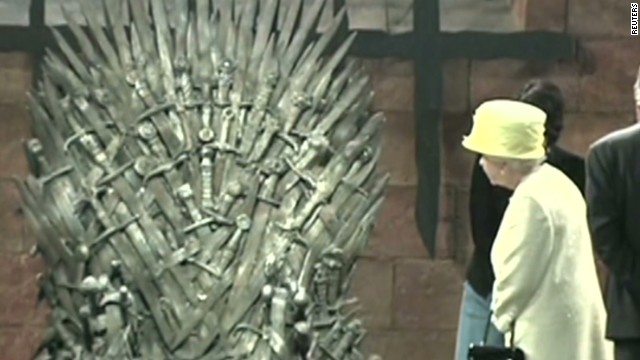 newday queen elizabeth visits game of thrones set_00002120.jpg